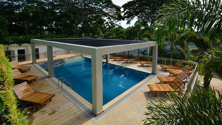 Munting-Paraiso-Pool-Top-View