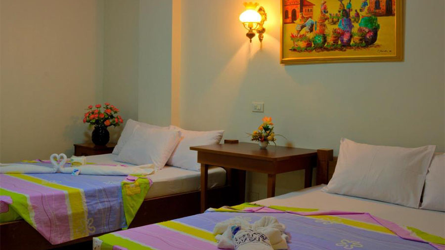 Sea Jewel Beach Resort Puerto Galera- Accommodation Family room