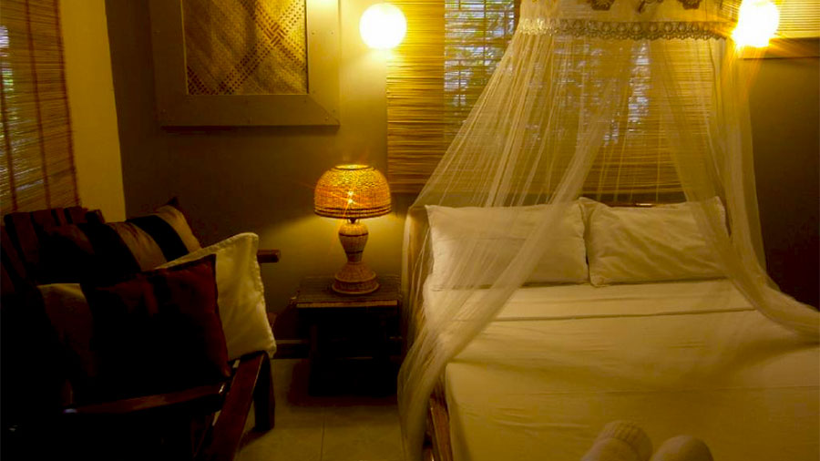 Summer Connection Puerto Galera- Nipa Hut De Lux Bed room