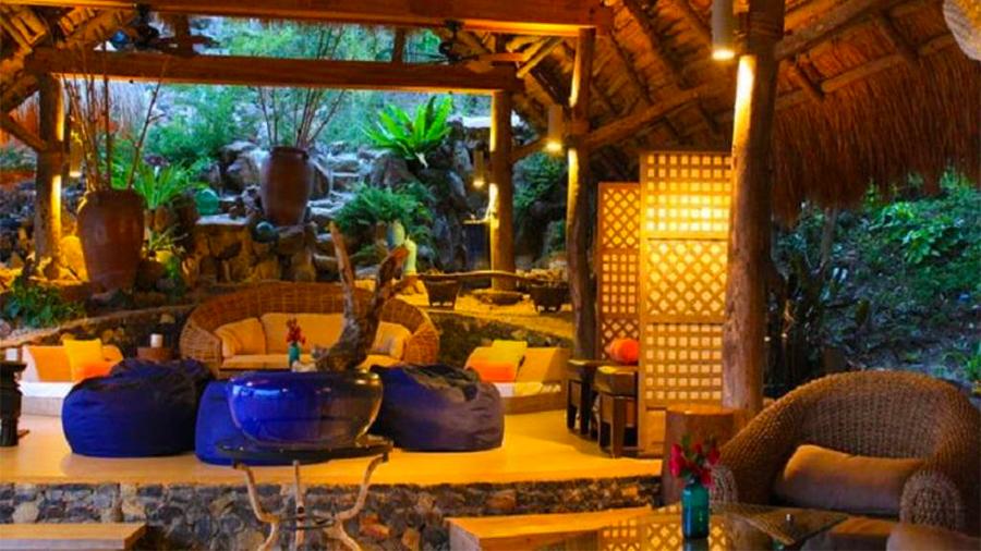 Vivere Azure Resort- Batangas- lobby view