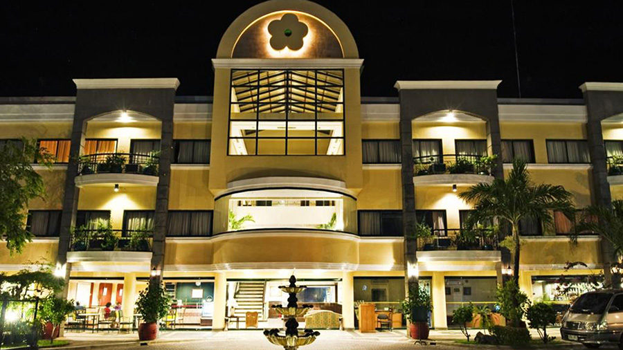 Hotel Fleuris - Palawan - Front View