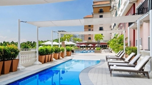 Marriott-Hotel-Manila-Swimming-Pool-Views