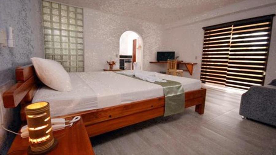 Munting-Paraiso-Accommodation