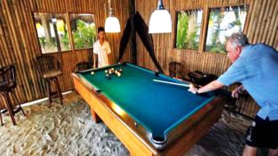 Ravenala Beach Resort Moalboal- sports bar