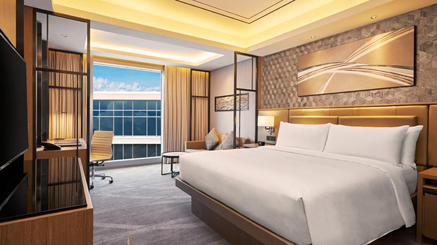 Hilton Manila - Bedrooms and View