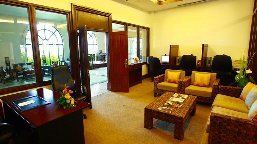 Waterfront Airport Hotel and Casino Mactan- Cebu Airport- Hotel Business center