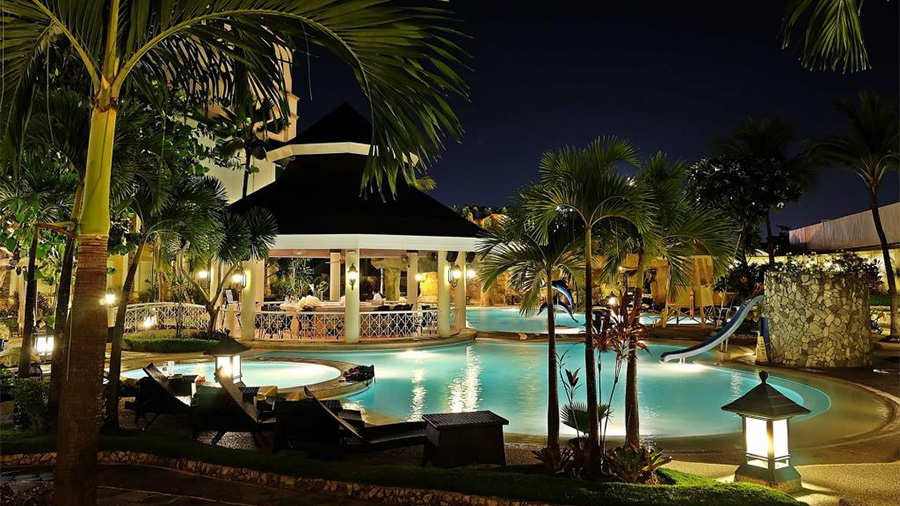 Waterfront Cebu City Hotel and Casino- Swimming pool Night View